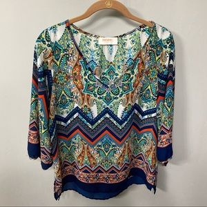 Multi colored 3/4 sleeve blouse